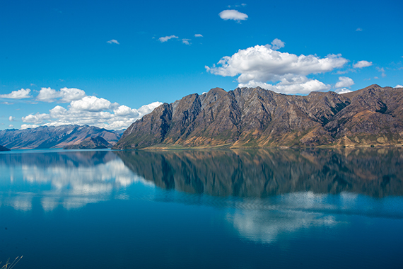 Lakes Wanaka & Hawea